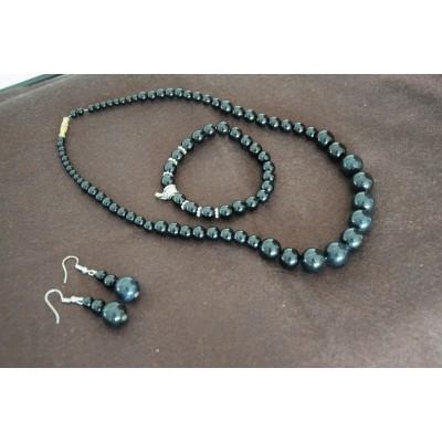 Black Stone Jewellery Set
