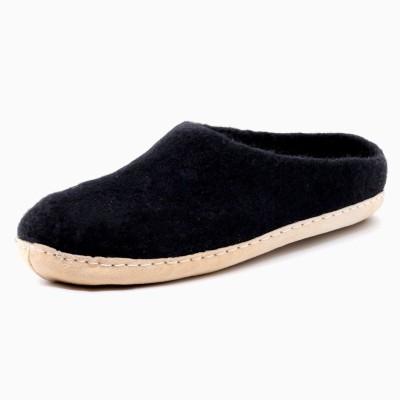 Felt Slippers (Carbon)
