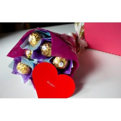 Valentine Day Chocolate Bouquet